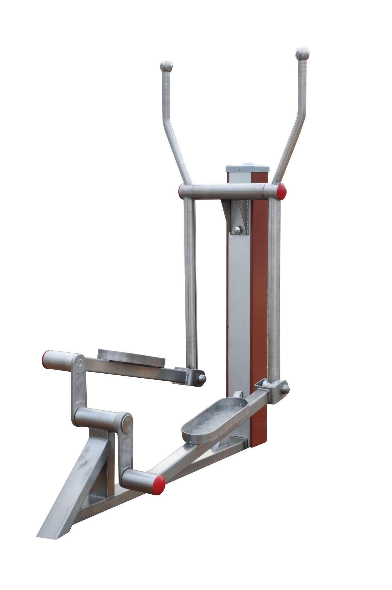 l 占地空间:13666801546(mm) l 锻炼方法:两脚踏于踏板上,两手紧握手柄,脚与手协调动作,使脚踏板转动,手把摆动,进行椭圆漫步运动。 l 主要功能:增强上肢肌肉耐力和四肢协调能力。 l 注意事项: 1、器材前后严禁站人,严禁器材运动时上下人员; 2、锻炼时必须专心致志,紧握手柄; 3、儿童或不具备独立操作能力的人,锻炼时必须有成人监护。 l 通过NSCC国体认证